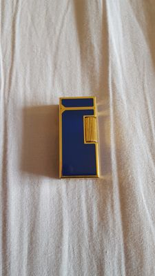 Dunhill lighter in gold and blue lacquer