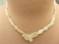 Roman Empire - Roman stone necklace with iridescent agate and rock-crystal beads - 40 cm