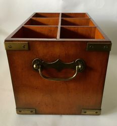 Wine box or bottle crate for 6 bottles - historical reproduction.