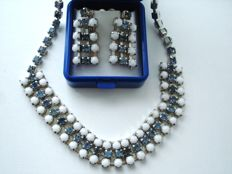 Vintage 1950s  - Rare Art Deco revival - Silver tone / Rhodium plated Evening Set = Necklace + Earrings - Pristine