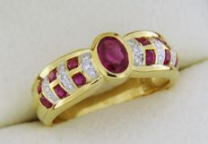 18 kt gold ring with rubies and diamonds - Finger size: 53  – easy dimensioning +– 4 sizes