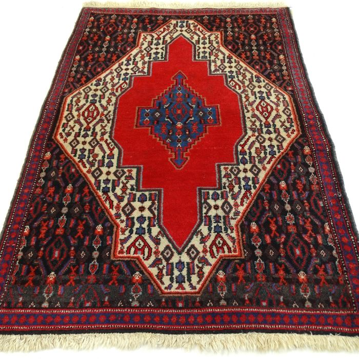 "Senneh – 113 x 78 cm – ""Persian carpet in vibrant colours – In beautiful condition"" – With certificate"