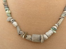 Archaeological beaded necklace with glass and stone beads - Bronze age to Middle ages - 42 cm