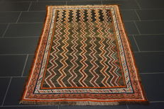 Antique handwoven Persian carpet, Qashqai Gabbeh, nomad's work, wool on wool, made in Iran, 117 x 165 cm
