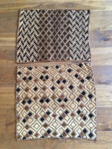 Lot of 2 traditional Textiles of trade - SHOOWA - D.R Congo