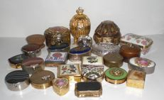 Collection of 25 pill boxes, ornamental boxes