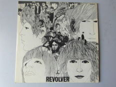 the Beatles-Revolver -first UK yellow/black label