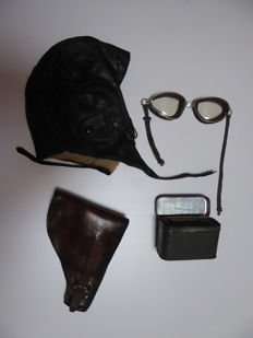 Helmet of a Luftwaffe pilot lkp.w.100 with spectacles and holster