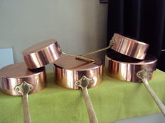 Set of five saucepans in tinned copper purchased at CUIVERIE DU CERDON 01