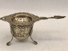 Silver strainer with silver drip tray - J.A. Hooykaas, around 1920