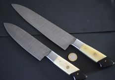 Set of two handcrafted Damask knives - handle made from camel bone and buffalo horn - 200 + layers damask steel