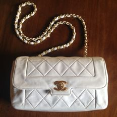 Chanel - 2.55 classic flap bag with box and dust bag
