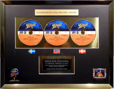 The Darkness - Permission to Land - Scandinavian Gold Record Award - original Sales Music Record Award ( Golden Record )