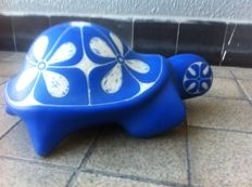 Blue sea turtle - Pablo Zabal