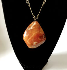 Natural Baltic Amber pendant with chain, weight 44.1 grams, Baltic region, soviet period. Not pressed. Not heated.