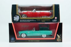 Road Legends / Road Signature - Scale 1/18 - Lot with 2 x Ford Thunderbird 1955 Cabriolet