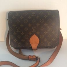 Louis Vuitton - Cartouchiere GM - Crossbody / Messenger bag