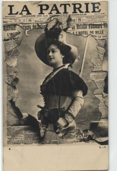 Fantasy with Newspapers/journals, 44 x all in plastic sleeves, period: 1900/1925