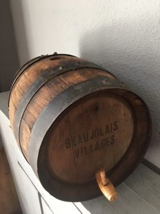 Wooden wine barrel, made of oak wood - 2nd half of 20th century - France, Beaujolais
