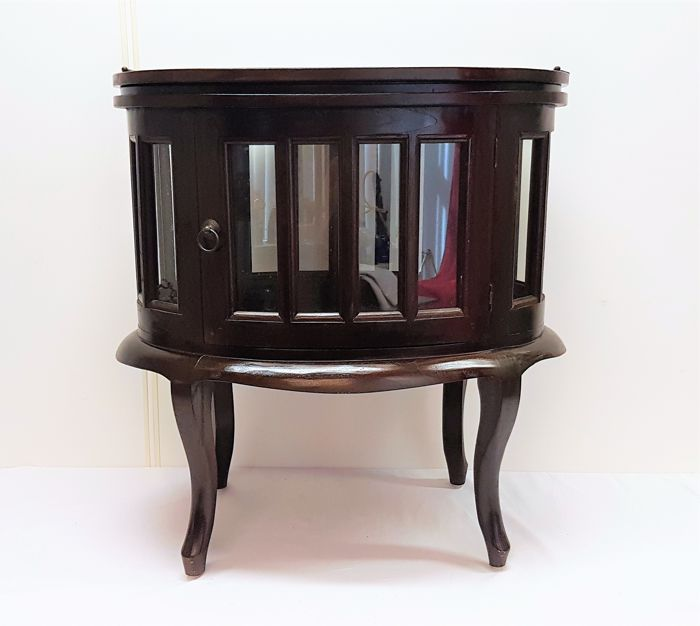 Tea table - solid mahogany top with detachable top tray