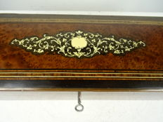 Ivory inlaid boulle technique box - France - Napoleon III - ca. 1870