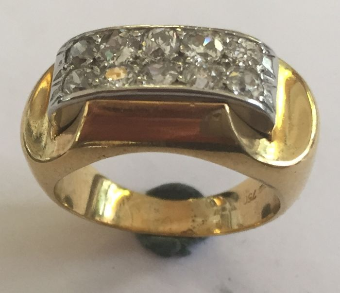 Gold ring from the 1940s set with 10 Bolshevik diamonds, approx. 1.00 ct