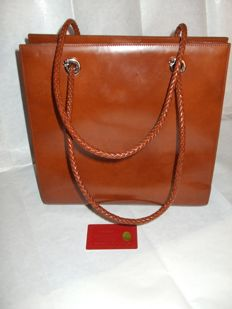 Cartier – Panthère shoulder bag.