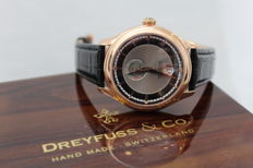 DREYFUSS CO 1925 RESERVE DE MARCHE AUTOMATIC Men's watch in mint condition.