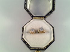 14 karat yellow gold ear studs, brand, solitaire diamonds, 0.15 ct, brilliant cut, 0.30 ct in total; Size: 4 mm