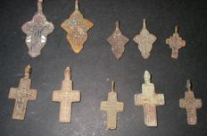Lot of 10 beautiful medieval crosses - 14th/18th century
