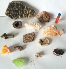 Lot of Mexican Minerals-10 to 200 mm-2.6 kg (14)
