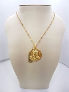 18ct Yellow Gold Christ & Virgin Medal Pendant