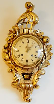 Swedish hand carved wooden gold-plated Rococo style, Westerstrand Cartel Wall Clock - XXth century, 2nd half