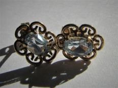 Gold earrings with natural aquamarine. NO RESERVE PRICE.