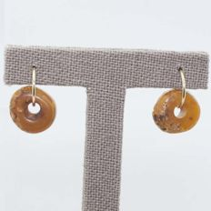 Amber hoop earrings in 18 kt gold, 22 mm