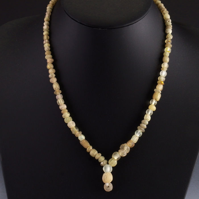 Necklace with Roman glass and rock crystal beads - 51 cm