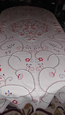 Banquet tablecloth (2,40m x 1,75m) all hand embroidered from Viana do Castelo, Portugal - from the 50/60's