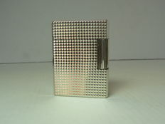 Dupont lighter silver plated; points diamants