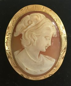 Gold, vintage, shell, cameo brooch, Italy, around 1955