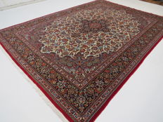 Dreamy beautiful Persian carpet Ghom/Iran 310 x 220 cm Top quality/top condition end of 20th century ***Top professional Bio Cleaning*** oriental carpet, fine cork wool