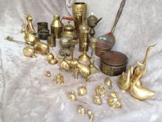 Collection of 38 copper/brass objects, of which 20 animals