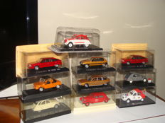 Ixo / Solido / Norev - scale 1/43 - Lot of 10 Citroen cars: 4 x 2cv, 2 x BX, 1 x Visa, 1 x traction, 1 x Mehari, and 1  x CX 2400