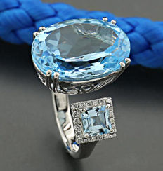 Topaz brilliant ring of 13.00 ct in total, 750 white gold - ring size: 55 ---No reserve price---