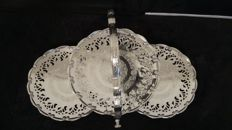 Triple stand  for 3 tartes or cake silver plated made in england.