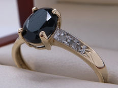 Certified gold ring with a black sapphire and diamonds – 1.21 ct – **No Reserve Price**