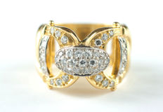 18 kt yellow gold – Ring – Brilliant cut diamonds: 0.60 ct in total – Size: 13 (Spain)