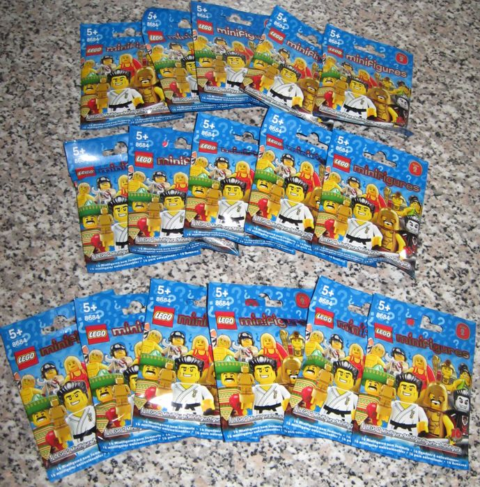 Collectable Minifigures - 8684 - Series 2 - complete set of 16