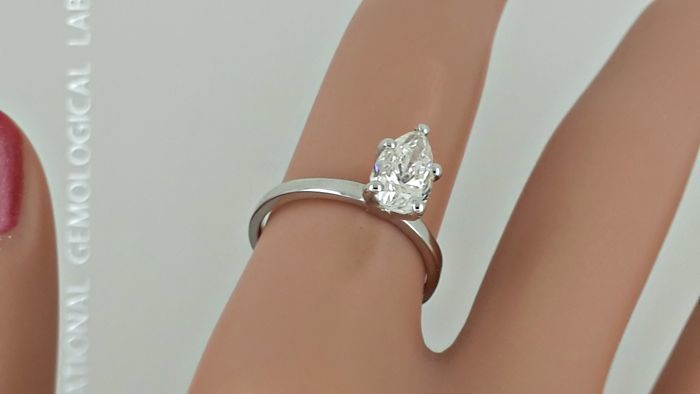 Igl 1 12 Ct Pear Diamond Engagement Solitaire Ring Made Of 14 Kt