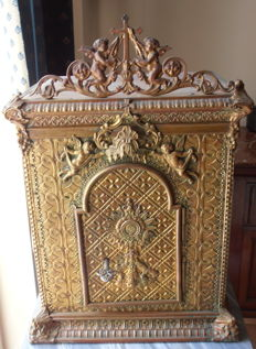 Antique wooden tabernacle, covered in brass on the three sides with original lock and key - mid 19th century - Italy