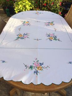 Round white hand embroidered cotton tablecloth. Diameter 165 cm.